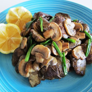 Chicken Liver Sautée with Mushrooms Fae's Twist & Tango