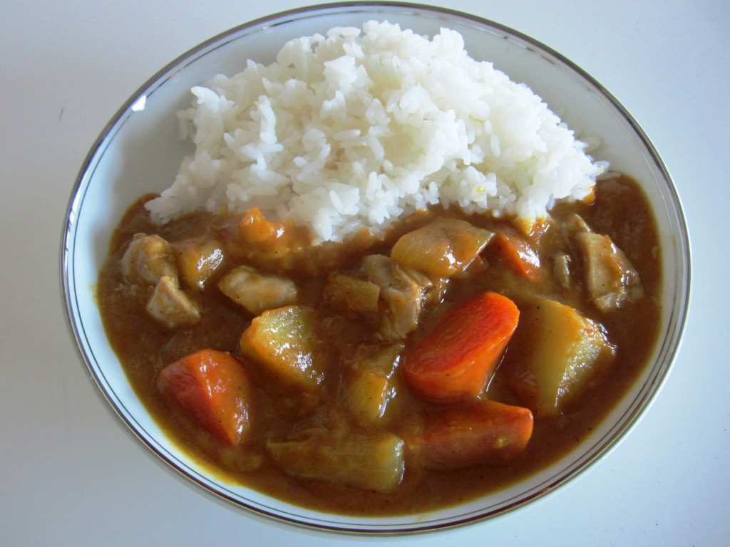Japanese Curry Rice • カレー ライス | Fae's Twist & Tango (fae-magazine.com)