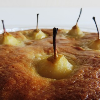 Pears Sunken in Almond Cake