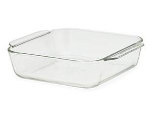 Pyrex 20 cm sq x 5 cm deep  (8″ square, 2″ deep)=6 cups