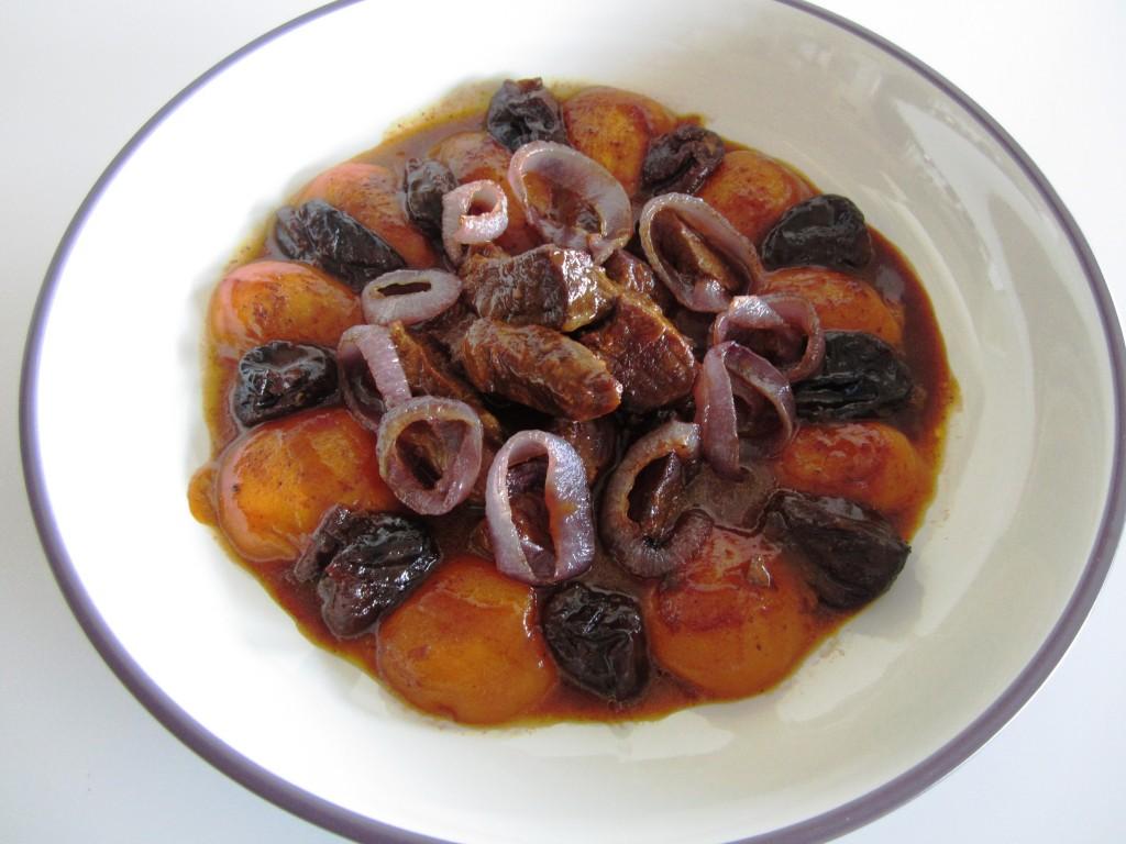 Peach Stew • Khoresh'e Hulu • خورشت هلو | Fae's Twist & Tango
