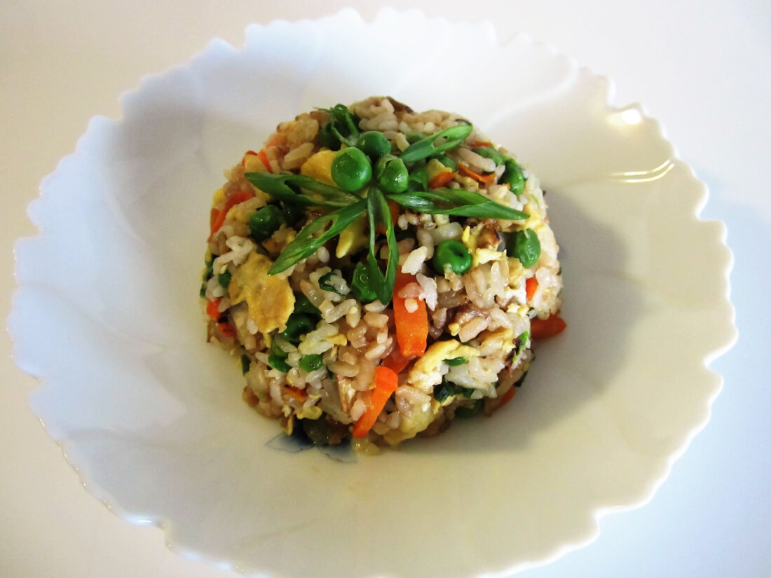 Yaki meshi japanese stir fried rice faes twist tango yaki meshi japanese stir fried rice faes twist ccuart Image collections