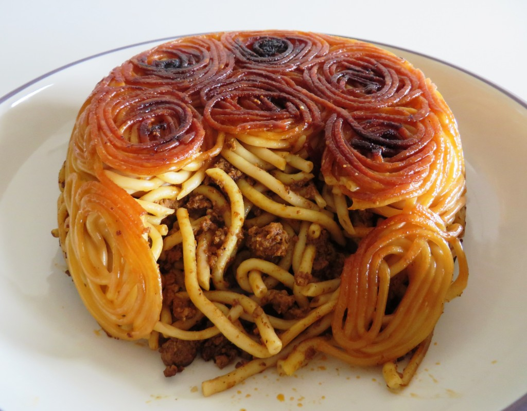 Macaroni Persian Style • ماکارونی | Fae's Twist & Tango