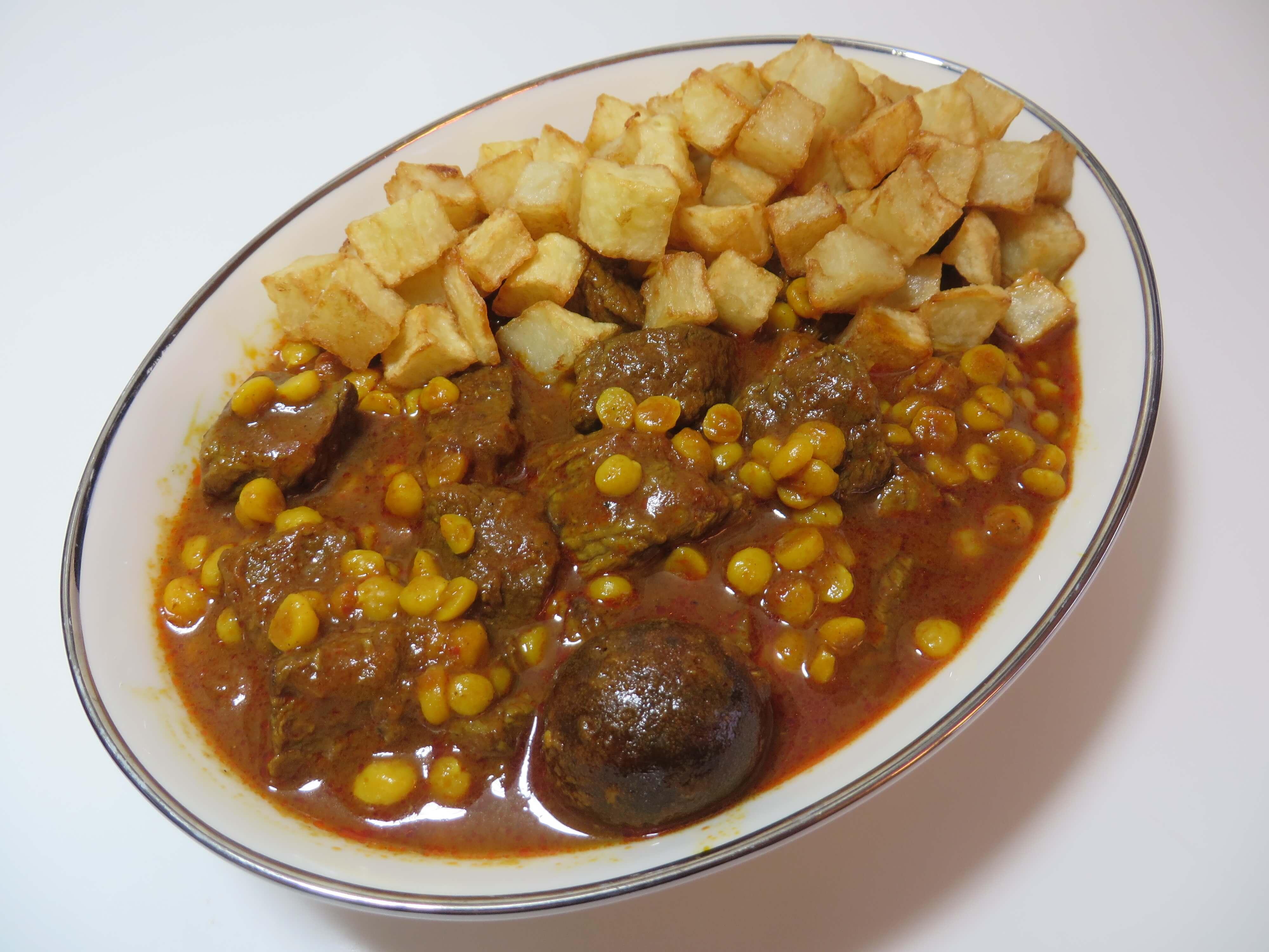 Khoresh'e Gheimeh • خورش قیمه • Persian Style Yellow Split Pea Stew | Fae's Twist & Tango (fae-magazine.com)