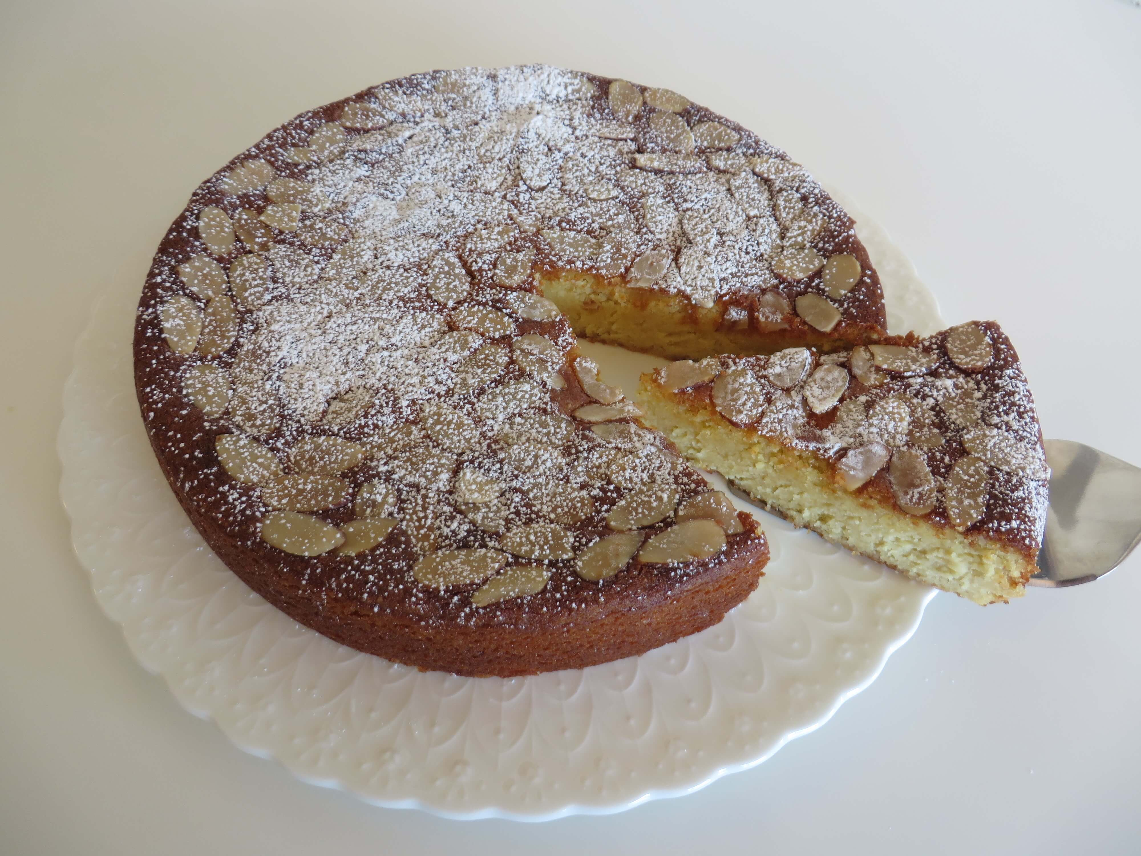 Almond Ricotta Cake (Gluten Free) | Fae's Twist & Tango (fae-magazine.com)