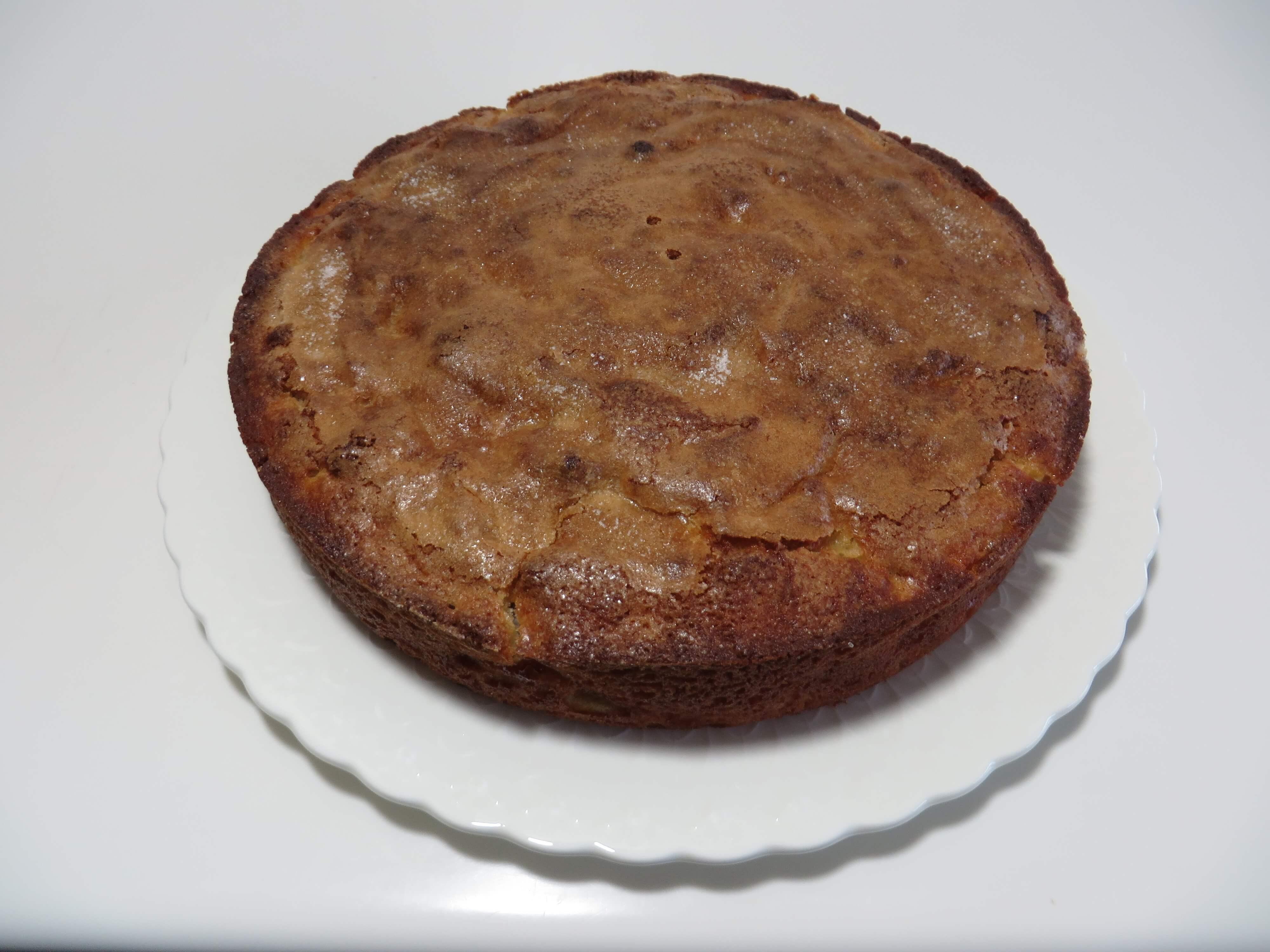 Apple Coffee Cake | Fae's Twist & Tango (fae-magazine.com)