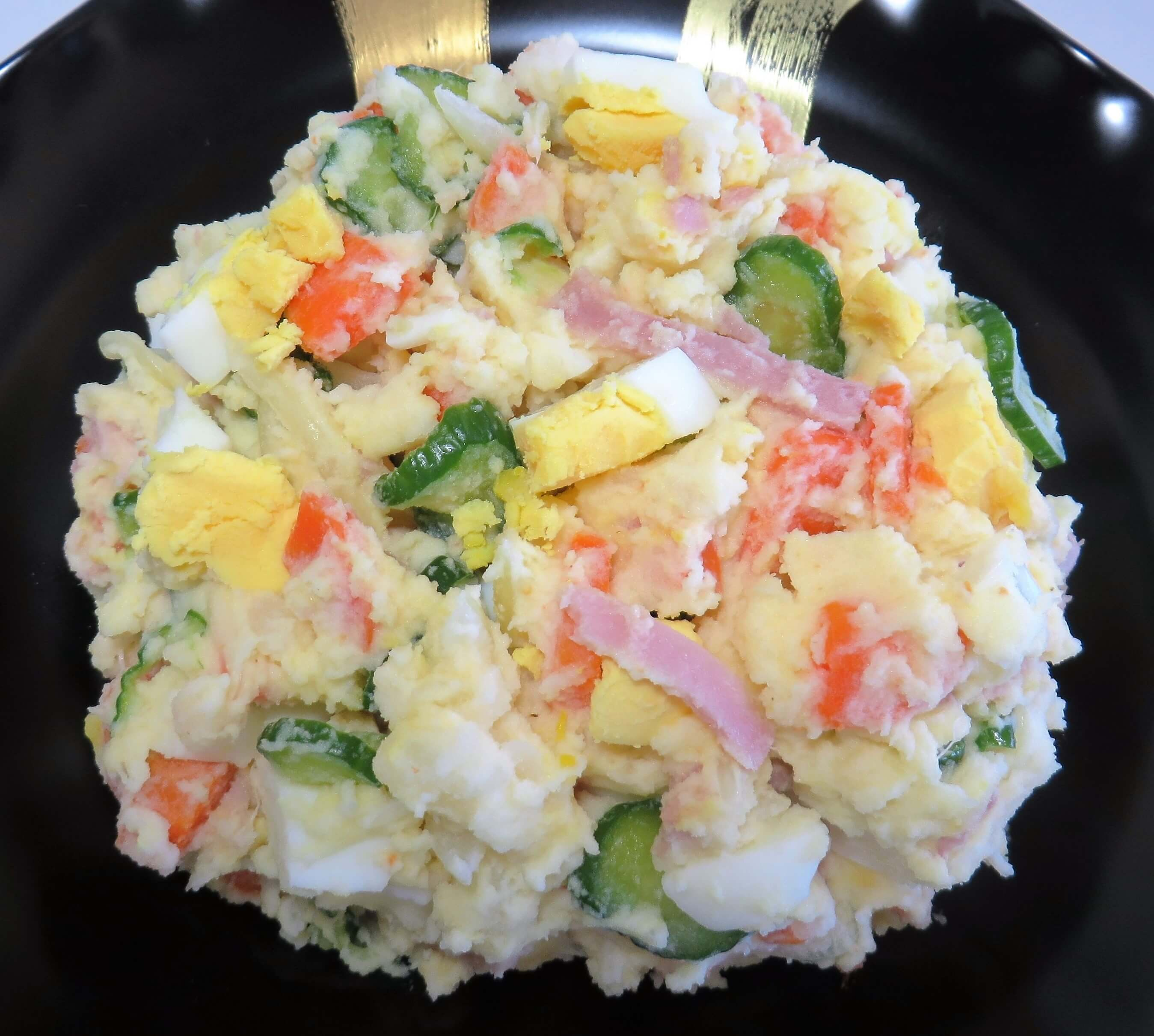 Japanese Potato Salad • ポテトサラダ | Fae's Twist & Tango (fae-magazine.com)